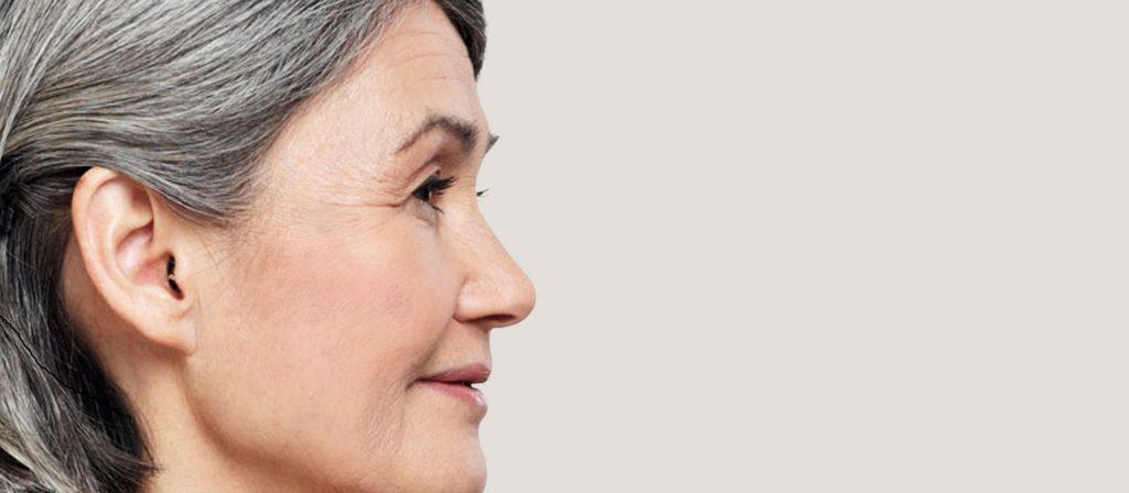 Непомітні у вусі - слухові апарати Oticon